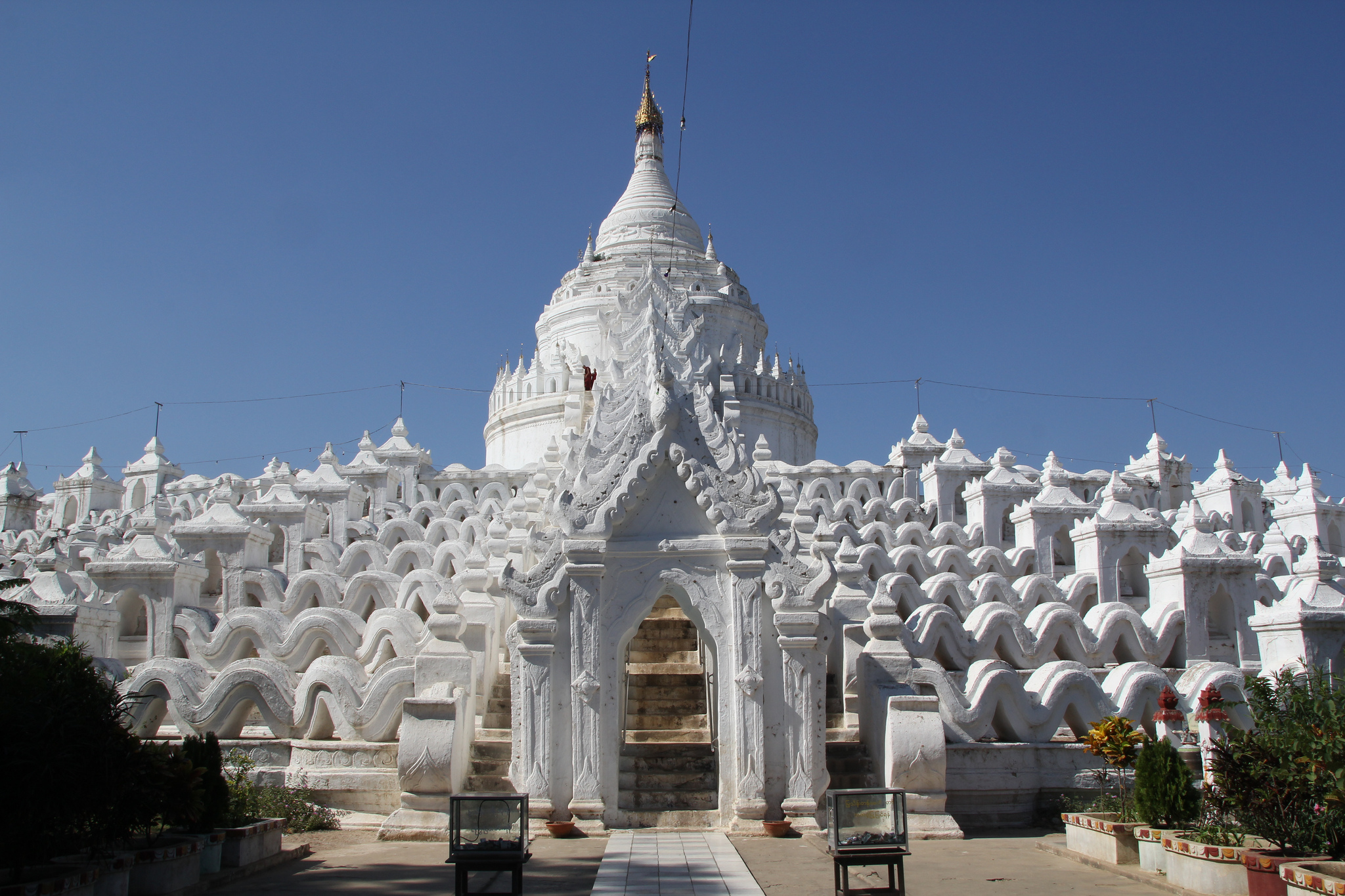 Hsinbyume.Pagoda.original.4050