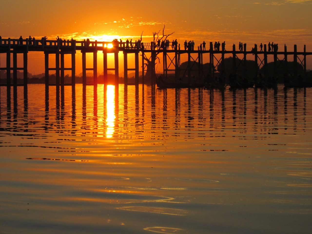amarapura-tramonto-birmania